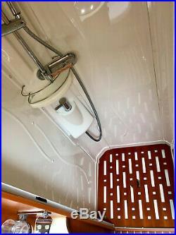 Rapido 7065+ 4 Berth End Bathroom, 2 Fixed Single Beds Motorhome, Immaculate