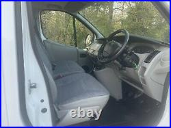 Trafic 59 Reg No Vat White Fridge Van 118000 Miles Vivaro Clean Aircin Chiller