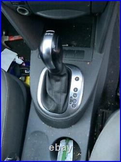 Volkswagen Caddy Maxi Camper Van