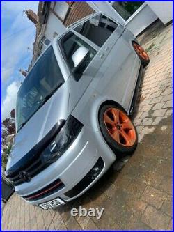 Volkswagen Transporter T5 Campervan // Day van